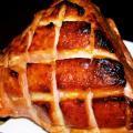 Глазиран свински бут с Дижонска горчица
