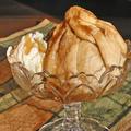 Порция ябълкови кнедли със сладолед