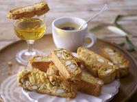Кантучини с кафе или десертно вино