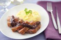 Патешко филе с пюре от сладки картофи и винено-шоколадов сос