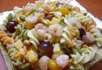 """Мароканска салата с паста, скариди и сирене """"Едам"""""""