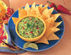 Традиционно сервирано гуакомоле с царевичен чипс